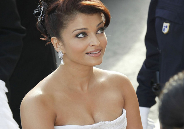 Aishwarya Rai to play a lawyer in her comeback film Jazbaa
