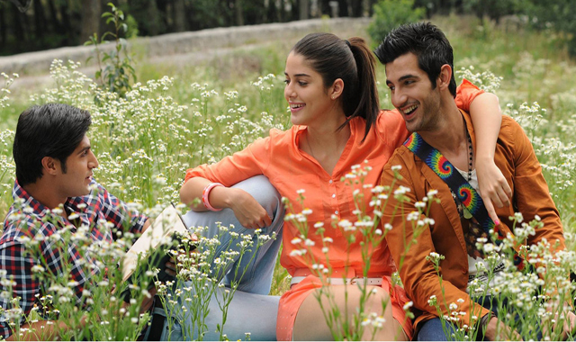 Purani Jeans review: Fun-filled celebration of romance and friendship