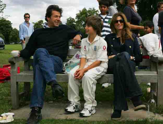 New wife for Imran Khan has been chosen, says his sister