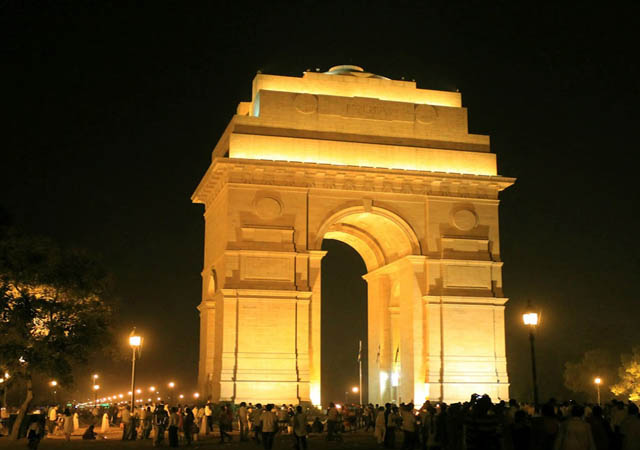 5 places in India not to miss at night