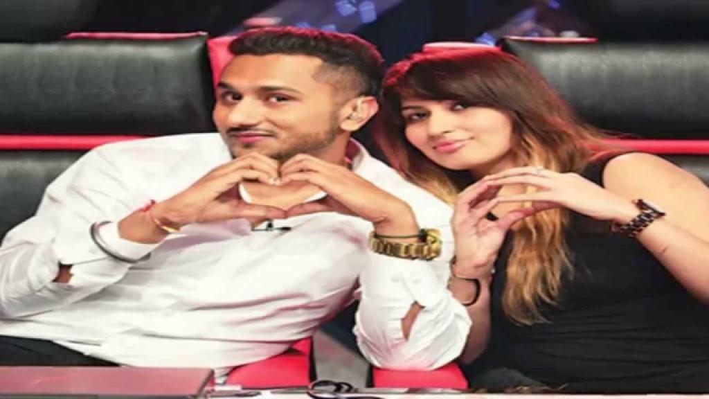 Rapper Yo Yo Honey Singh unveils his wife