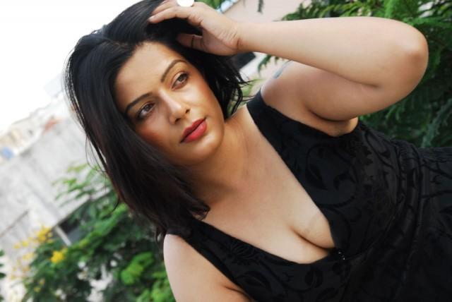 Actress Reva1