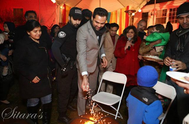 Abhay Deol brightens Lohri celebrations in Washington