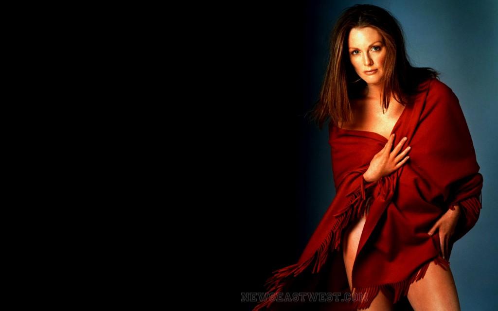 8 facts about Oscar winning actress Julianne Moore