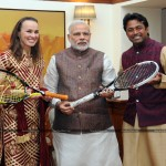 martina hingis, leander pace with indian prime minister narendra modi