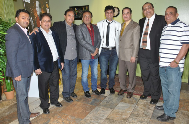 (Owner of Sahil) Bhavesh Patel, Dhitu Bhagwakar, Babu Patel and FIA Group Members