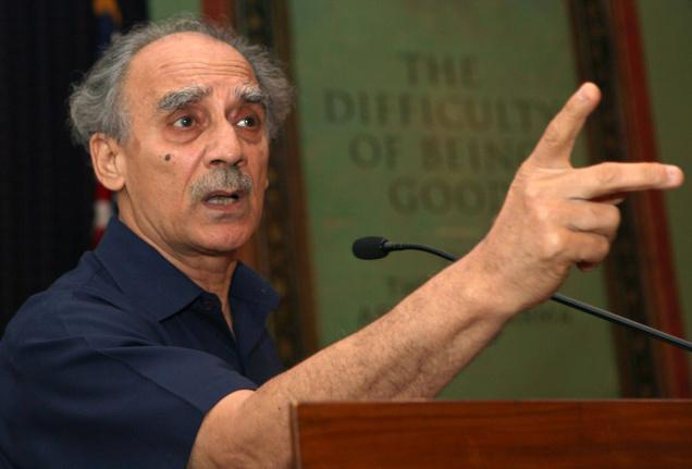 Modi is only headline grabber, says Arun Shourie
