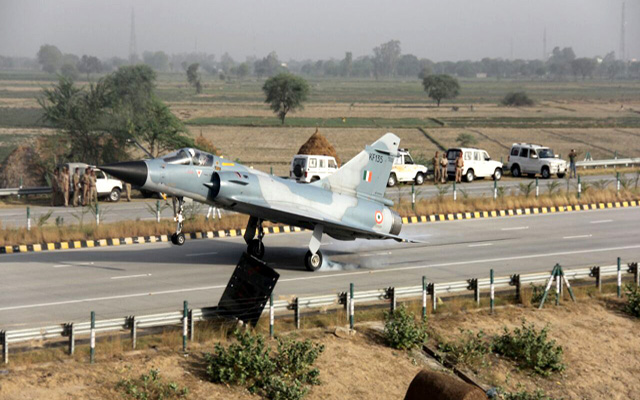 India will now use expressways to land fighter planes in war times