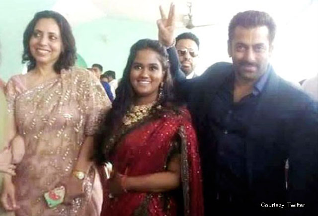 Salman Khan looked subdued at sister Arpita's wedding reception in Mandi