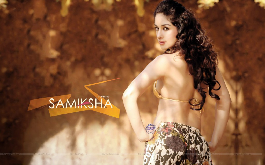 Actress Sameksha