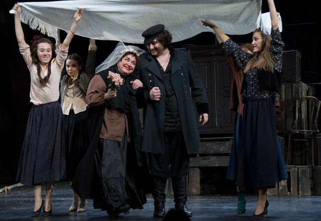 Russian play `Smile at Us, O Lord' dazzles Toronto