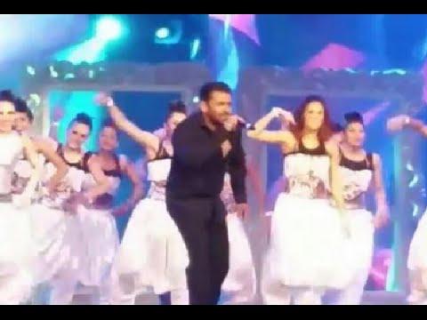 Salman rocks  at Arab Indo Bollywood Awards