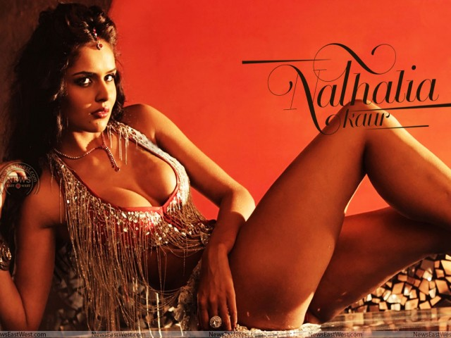 Nathalia Kaur hot still