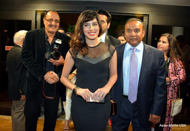 Jawani Phir Nahi Ani premiere in Chicago