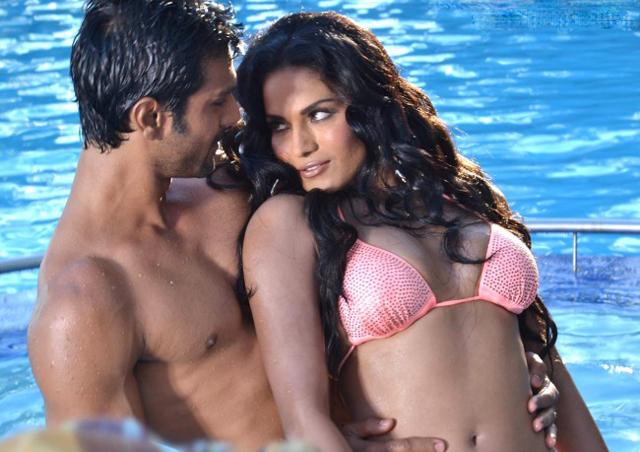Veena with her boyfriend Ashmit Patel