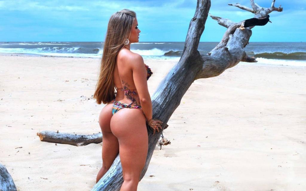 Aryane Steinkopf – Brazil model and DJ