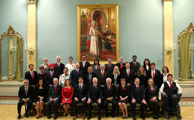 Canadian PM Justin Trudeau with his cabinet team.