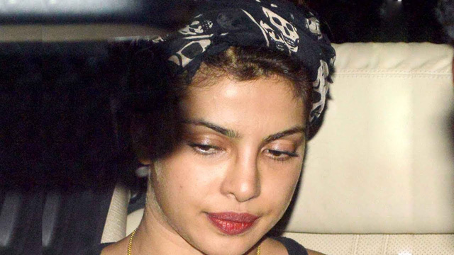 Priyanka without make-up. But doesn't she look so hot even without it?