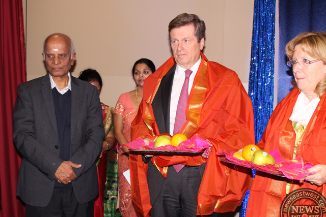 Toronto mayor and Brampton mayor honoured at Sringeri Diwali