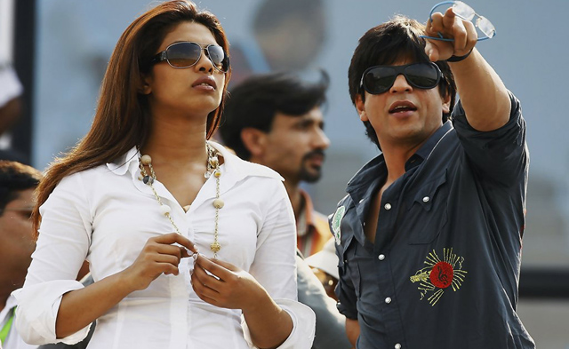 Priyanka Chopra without make-up, seen with Shah Rukh