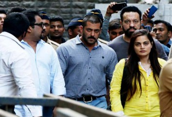 Salman with sister and bodyguard