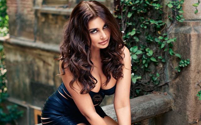 Lisa Ray – happy birthday