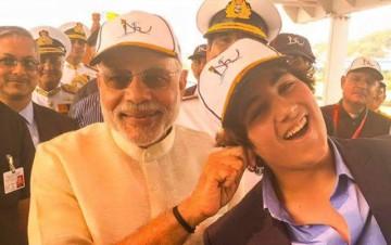 Prime Minister Modi seen jokingly pulling the ears of actor Akshay Kumar's son Aarav.