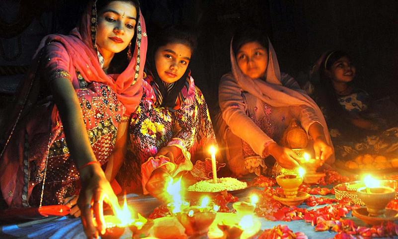 Pakistan to declare Diwali, Holi holidays