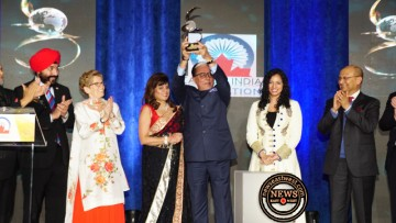 Subhash Chandra with Global Indian Award