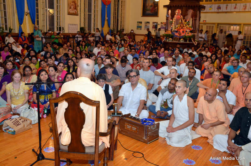 Hare Krishna Chicago temple sees big rush for Lord Krishna birthday celebrations