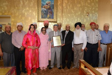 Oldest Indo-Canadian pioneer Asa Johal turns 94.