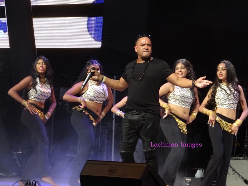 Sina Wayne Storm hits Mississauga, blows away TD Mosaic Festival