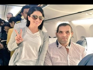 Sunny Leone does Khali Bali