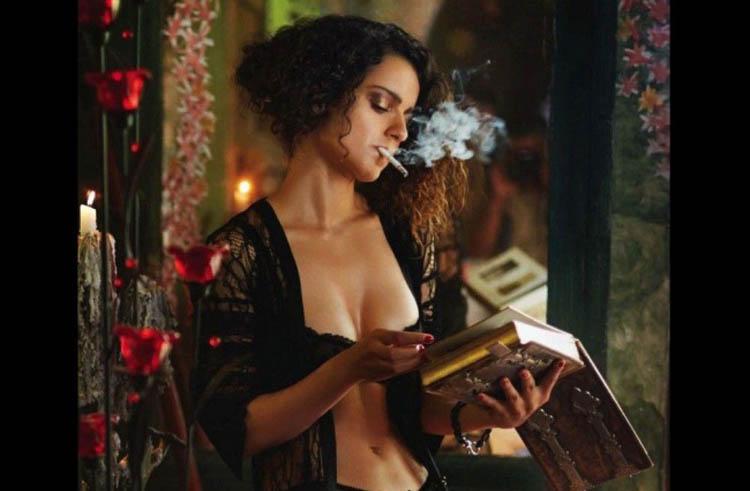 Smoking hot Bollywood actresses