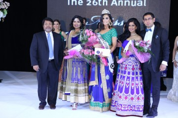 From left: Partha Guha, Senior Manager, Marketing and Business Development – Unilever International; second runner-up Tulika Gupta,  Miss India-Canada 2016  Tanpreet Parmar; first runner-up Mandy Kaur  and pageant organizer Sanjay Agnihotri.