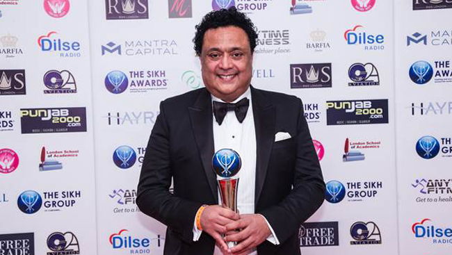 Bob Dhillon gets Businessman of the Year award in London