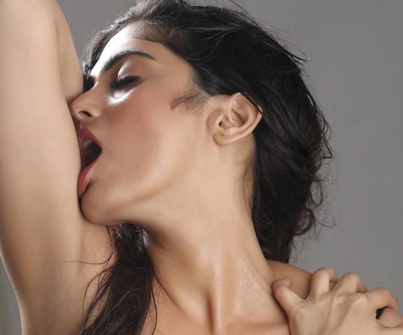 naina-ganguly-hot-image1
