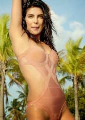 Priyanka Chopra bikini5