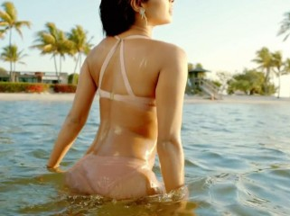 priyanka-bikini3